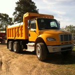 FL Series Dump Body mounted on Freightliner w cab match paint front